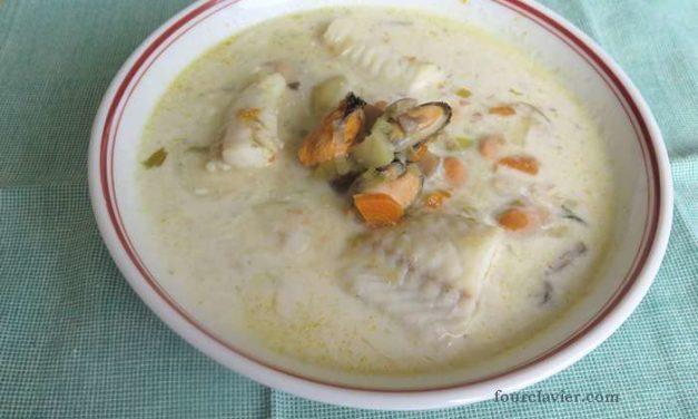 Seafood chowder à la mode irlandaise